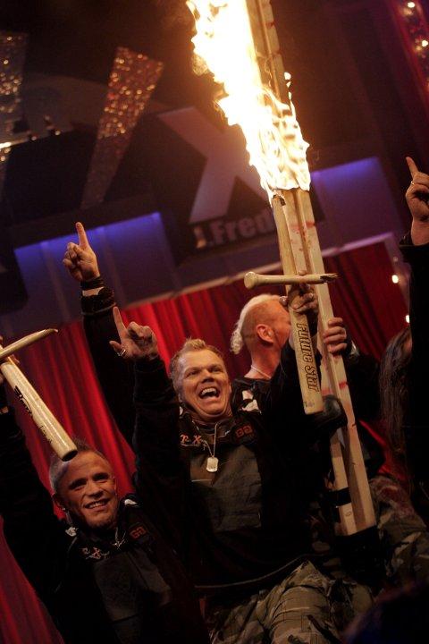 """STERKE MENN: TX-Vikings Strongmen under  semifinalen i  """"Norske Talenter"""" på TV 2."""