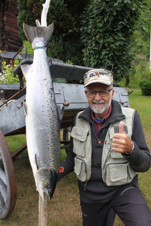 Ola Gikling tok den 6. juli en laks på 8,7 kg. Den ble tatt med sluk i Gikling elv.