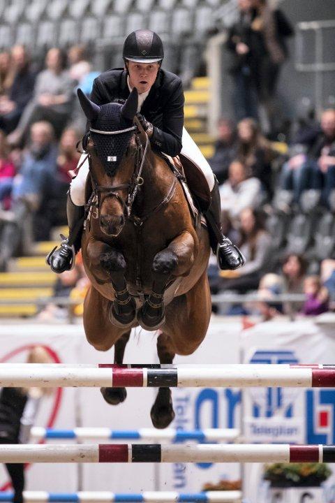 VANT: Johan Sebastian Gulliksen og hesten Arakorn tok en flott seier i London.
