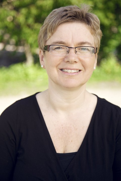 HELSESØSTER: Anne Bentzrød er seniorrådgiver i Ung.no og helsesøster ved Helsestasjonen for ungdom og studenter i Ås.