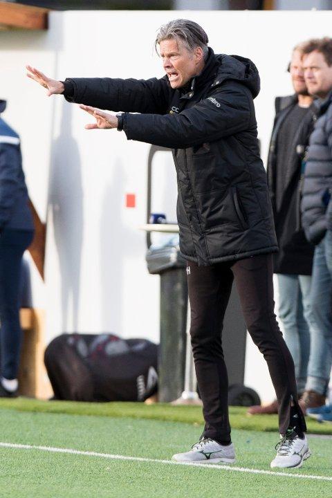 OPTIMIST: MIF-trener Vegard Hansen har tro på poeng mot Rosenborg søndag.
