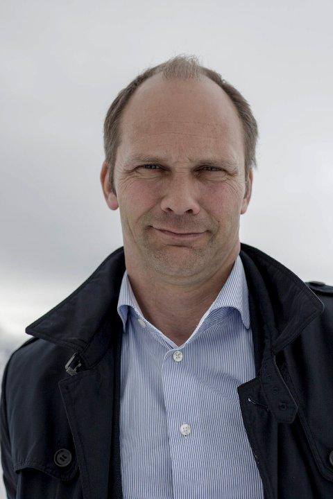 FRIST: Ordførar Oddmund Klakegg og Jølster kommune har frist til 30. april til å vedta ein økonomiplan i balanse.