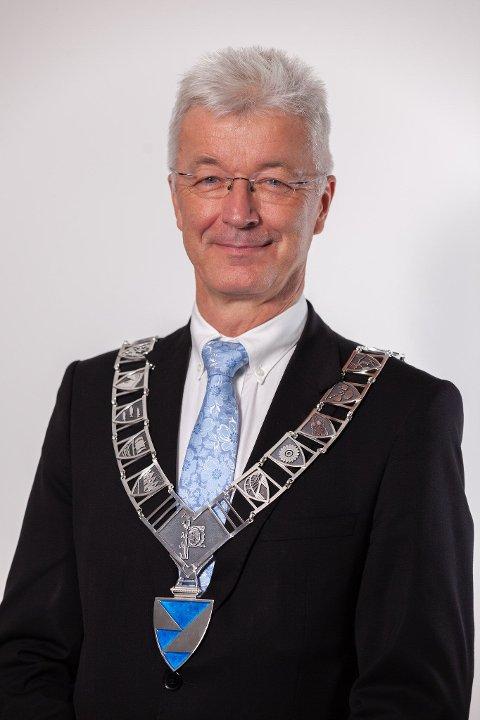 FYLKESORDFØRAR: Jon Askeland (Sp).