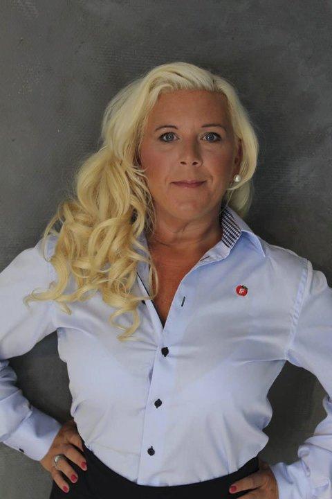 ÅPNER FOR JA: Sentrale FrP-politikere har i tillegg til politikere fra Høyre uttrykt at også de kan komme til å vurdere et lignende forslag i sine partiprogram. Anita Vik sier hun vil stemme ja dersom spørsmålet kommer opp på FrPs landsmøte i mai.