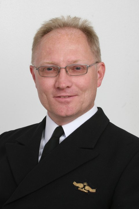 SJØFORSVARET: Sigurd Smith kommer til Horten for å snakke om Sjøforsvaret
