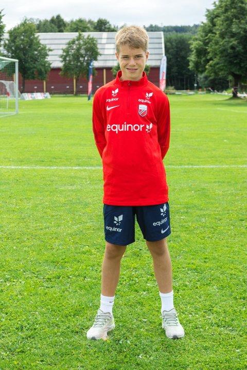 EQUINOR TALENTLEIR: Flisa- gutten Marius Øien Damhaug er ansett som å være en av de beste fotballspillerne i alderen 14- 15 år.