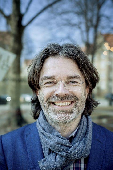 LEVER AV OG FOR KREATIVITET: Gründer og foredragsholder Stig Hjerkinn Haug besøker HiL på tirsdag. Foto: Fredrik Bjerknes