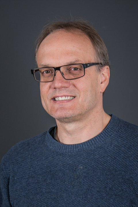 Forsker Karl Henrik Sivesind ved Institutt for samfunnsforskning i Oslo har forsket på frivillighet i 20 år.