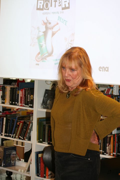 Forfatter Marit Nicolaysen var et populært innslag på årets avslutning av Sommerles 2020