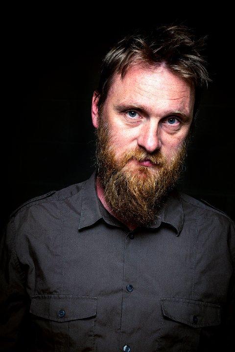 YNDLING: Erlend Ropstad er kritikernes yndling. Han kokmmer 9. mars.