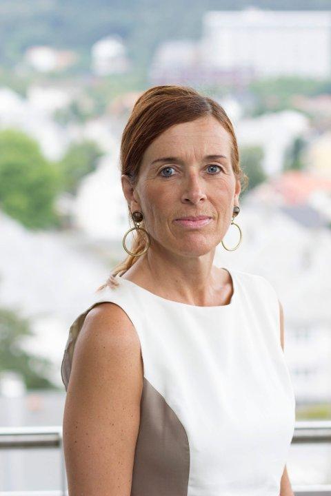 FØLGER SITUASJONEN: Klinikkdirektør Anne Hilde Bjøntegård Helse Fonna er fungerende beredskapsleder.