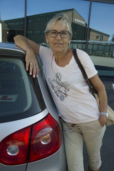 RÅDHUSPLASSEN: Gro Elin Sande står bak baklukesalget lørdag.