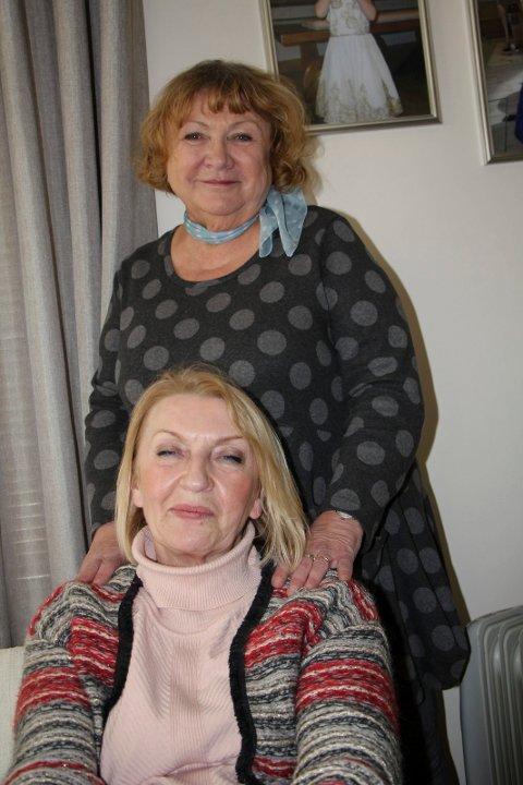 FLYTTET TIL NORGE: Danuta Andersen(bak) og Teresa  Lorentsen, begge polskfødte kvnner med lang botid i Norge.