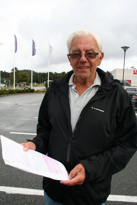 SVART PÅ KVITT: Byggmeister Sigbjørn Eikemo bur i Odda, men er grunneigar på Eikemo. Han har «køyrt prosessen» for eikemofolket og meiner han har det «svart på kvitt» at Etne kommune har forplikta seg til å skaffa dei fastbuande ei trygg hamn.