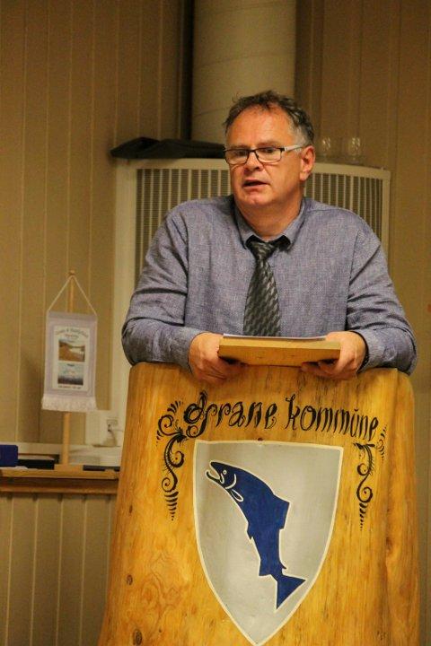 Ordfører Bjørn Ivar Lamo er fornøyd med at kommunen sier ja til at 15-åringer kan gå på bygdefest.