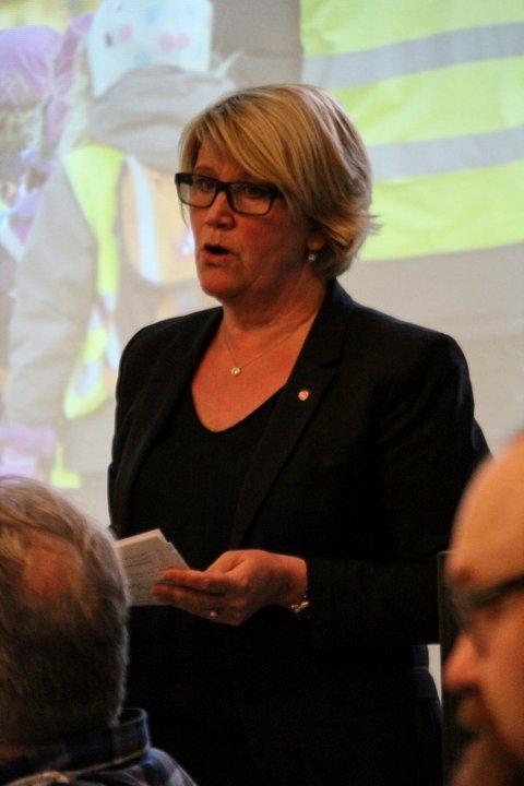 åpent møte flere aktører med fylkesråd Hild-Marit Olsen