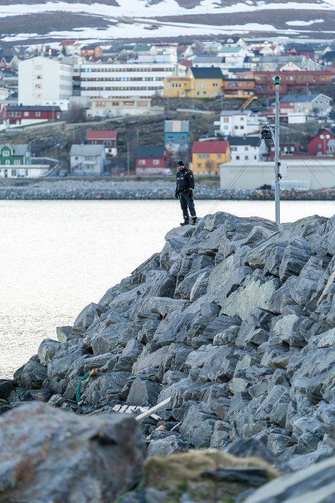 Voksen mann ble funnet omkommet i havnebassenget i Hammerfest mandag 25. mai 2020.