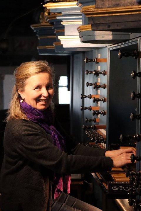 KONSERT: Karin Nelson skal spille ved historisk orgelkonsert i Kongsberg kirke 22. oktober.