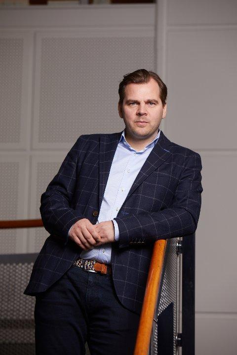 BETALING: Veldig mange nordmenn, også lofotinger, sliter med å betale regningene sine, og pådrar seg betalingsanmerkninger, sier analytiker Øyvind Rød i analyseselskapet Experian.