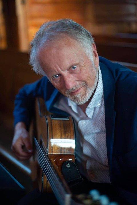 MUSIKKEN: Musikk er viktig for Sokneprest Sverre Bang.