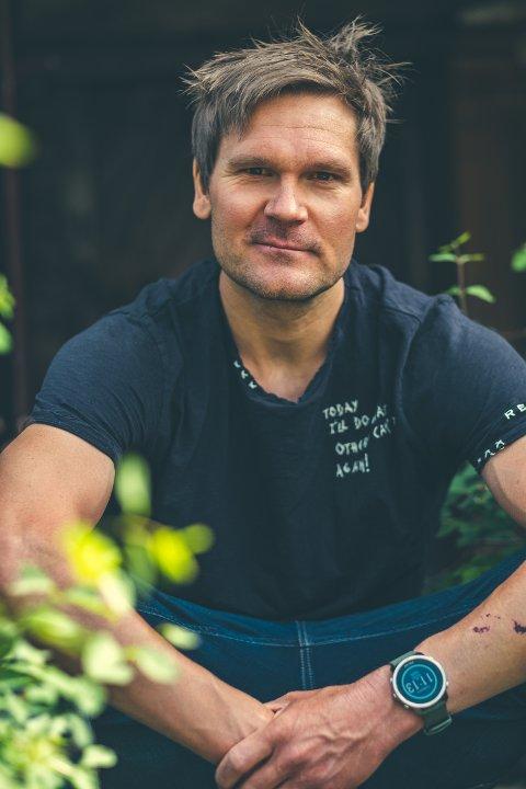 MOTIVATOR: Tidligere langrennsløper Øystein Pettersen er sentral i lederutviklingsprogrammet INNspirator, som er åpent for alle interesserte fra privat næringsliv, offentlig sektor, kultur, idrett, politikk eller ideelle organisasjoner.