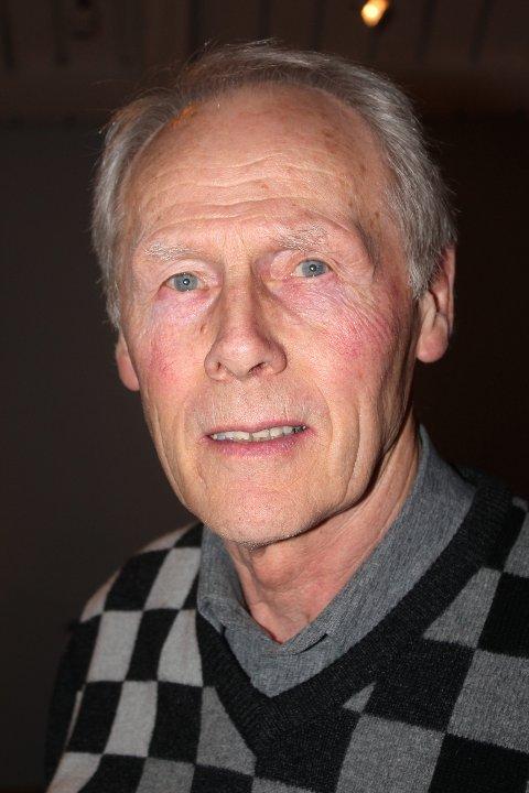 Forbilde: Finn Gjerken Larsen spilte sammen med Gunnar Thoresen i fire sesonger selv om det var 20 år mellom dem.