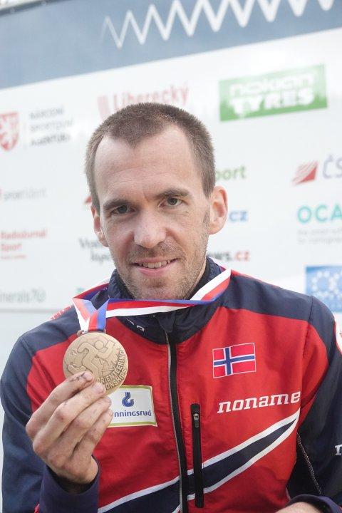 KOPIERTE: Som på VM for to år siden ble det ei individuell VM-medalje til Magne Dæhli. FOTO: ERIK BORG