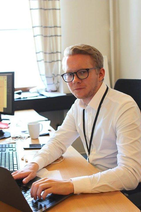 DRØMMEJOBB: Ap-politiker Snorre Erichsen Skjevrak (26) fra Hana blir sentral under høstens valgkamp i Oslo. Som leder for Arbeiderpartiets digitale kommunikasjon og rådgiver for byrådsleder Raymond Johansen får han en viktig rolle i kampen for å sikre fortsatt rødt styre i hovedstaden.