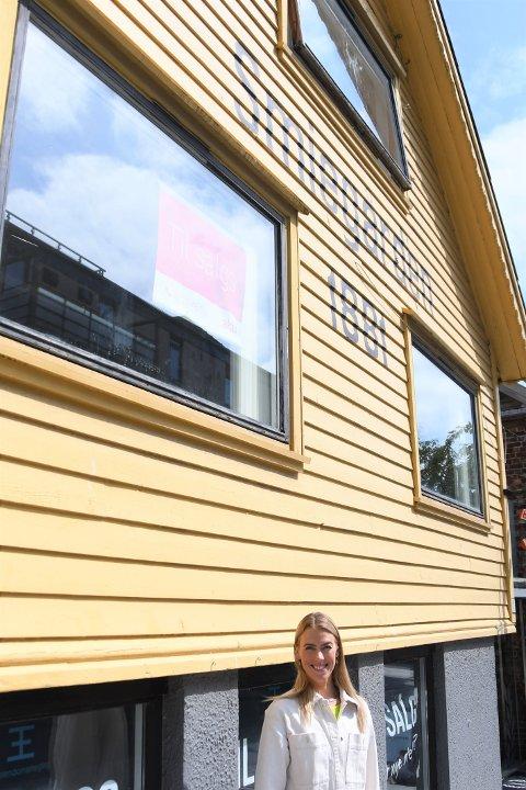 Trude Larsen (31) har kjøpt leiligheten i andre etasje.