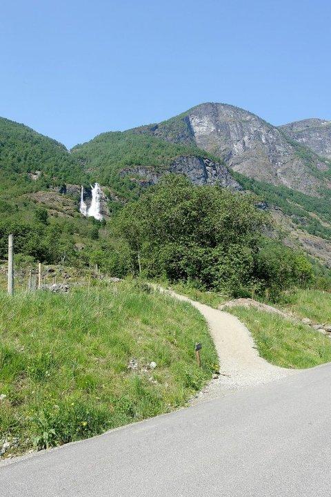 FÅR STØTTE: Nærøyfjorden Verdsarvpark har fått midlar til å tilretteleggja siste del av stien til Brekkefossen i Flåm. (Arkivfoto: Christoffer Elgåen)