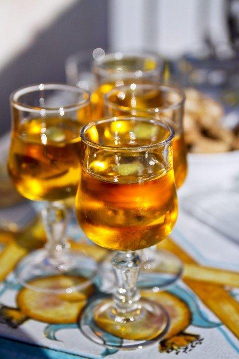 Bar Turrisi på Sicilia tiltrekker seg kjennere med sans for mandelvin. FOTO: Annika Goldhammer/TT