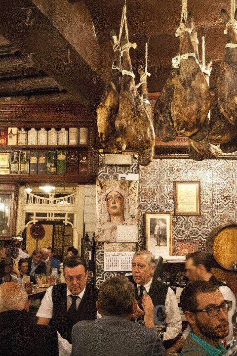 El Rinconcillo i Sevilla er populær blant lokalbefolkningen og turister. FOTO: Annika Goldhammer/TT