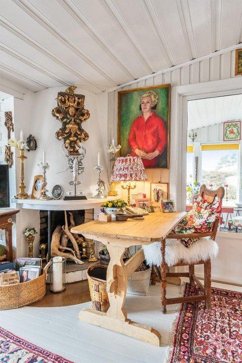 SELGER: Det er Anne-Margrete Boye Nachamkin som selger den flotte eiendommen i Hafsund.