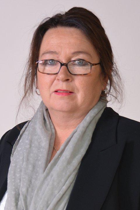 – Som jordmor og politiker kan jeg ikke støtte denne retorikken, skriver Elisabeth Jørgenvåg.