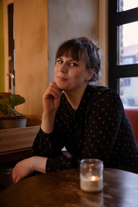 DEBUTANT: Lisa Maria Berg (29) fra Overhalla skal i 2021 utvikle seg seg som dramatiker gjennom Unge Viken teaters Debutantprogram.