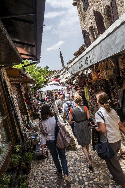 BYKJERNEN: Gamlebyen i Sarajevo er et labyrintlignende nettverk av markedsgater, perfekt for impulsiv shopping og dovne kafébesøk.