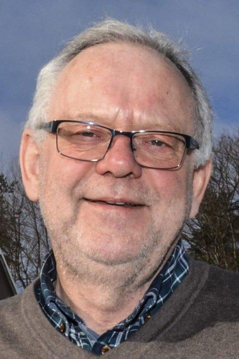 FOR DÅRLIG: Ap-veteran Kjell Tore Finnerud, liker lite at administrasjonen ikke har tatt foreldrene med på råd.