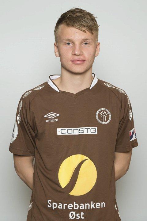 Henrik Gulden: Født: 29.12.95. Posisjon: Midtbane.