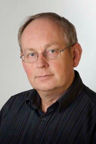 Atle Nesje er professor ved Universitetet i Bergen og forskar mellom anna på brevariasjonar. Foto: Universitetet i Bergen