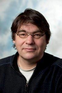 OM ORGANISERT KRIM: Professor i kriminologi, Paul Larsson.