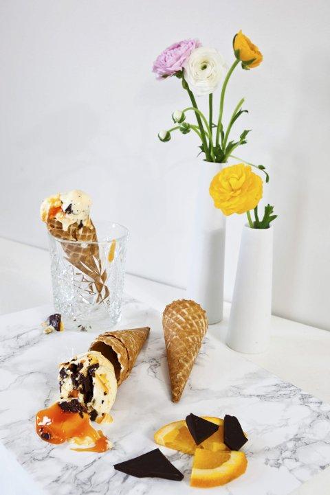Is: – Noe så enkelt som is til dessert kan bli ganske lekkert hvis man gjør litt ut av det, sier interiørbloggeren.