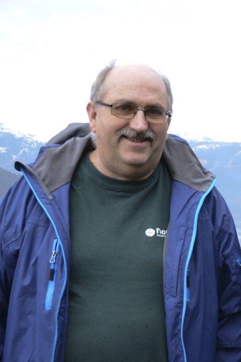 Leiar: Olav B. Hus (Sp), leiar av kontrollutvalet i Ullensvang.