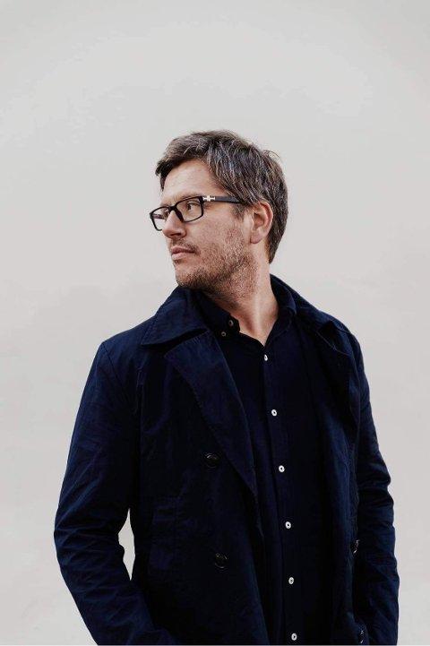 KOMMER: Artist Thomas Brøndbo kommer til kulturuka og skal holde flere konserter i samarbeid med Den kulturelle spaserstokken.