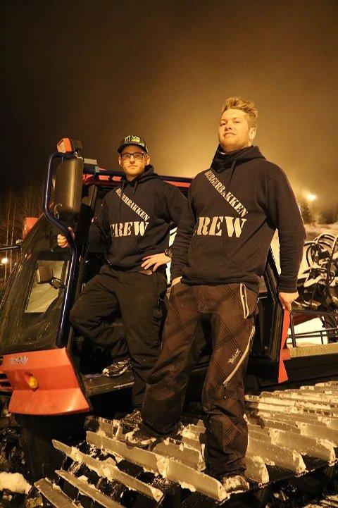 To av de som har utallige dugnadstimer i bakken. Leder for alpin gruppa Kenneth Friberg til venstre og Christoffer Olafsen.