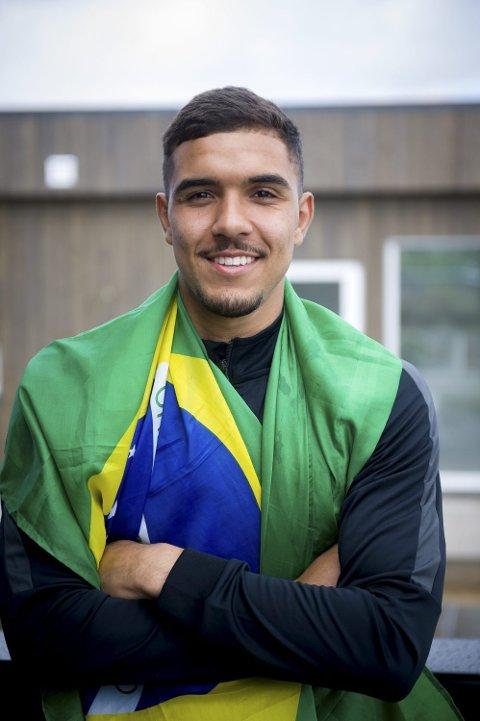 SEIER: Luis Felipe Bazil Freixo spilte sin siste kamp for Rørvik i lørdagens sesongavslutning mot Steinkjer. Kampen endte med 5-3-seier til Rørvik.