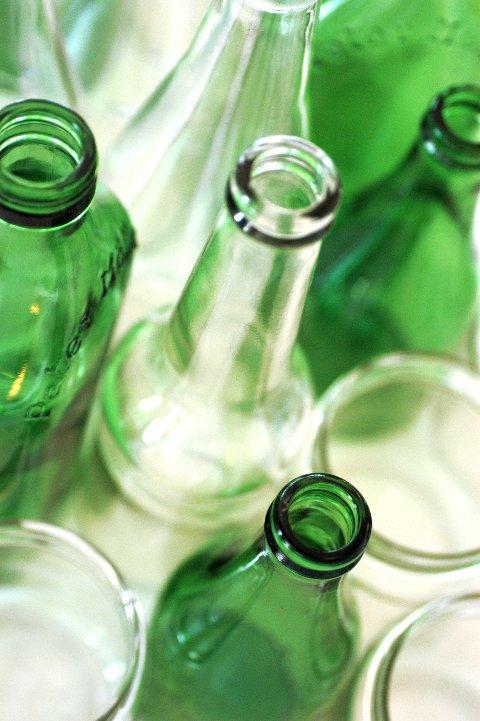 SLUTT PÅ PANTEN: Nå verken betaler du pant, eller får pant igjen på glassflasker.