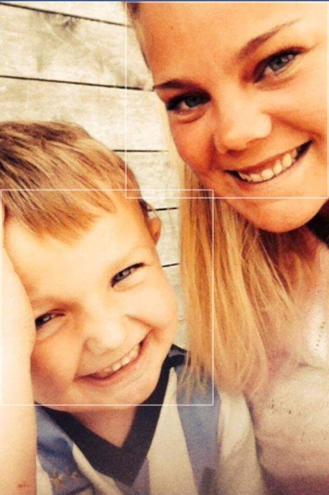 Mor og sønn: Siw Jorunn sammen med sønnen Leander.