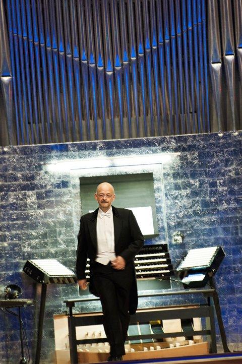 En av Europas dyktigste konsertorganister, Hans-Ola Ericsson, gjester Narvik kirke i sommer.