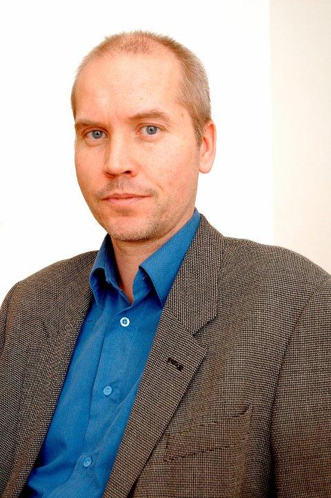VIL VIKARIERE: Assisterende fylkesmann Sigurd Tremoen.