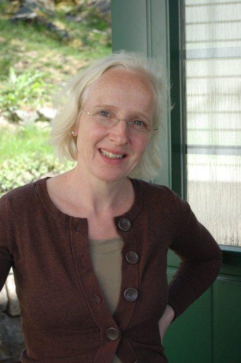 TIL HAMAR: Forfatteren Hanne Bramness blir festivalpoet under Nordisk poesifestival | Rolf Jacobsen-dagene neste år.